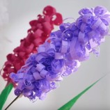 Návod ako vyrobiť peknú jarnú kvetinovú dekoráciu