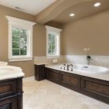 Dôvod, ktorý vás presvedčí investovať do hydroizolačného materiálu do kúpeľne